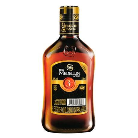 Ron Medellín Añejo 3 Años Media Botella x 375ml